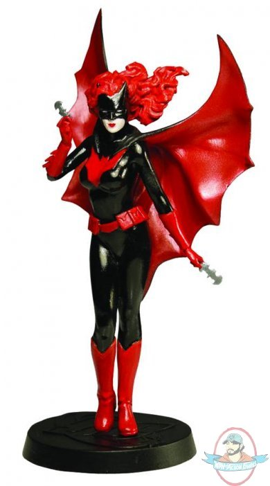 ... Collector Magazine #81 Batwoman by Eaglemoss | Man of Action Figures