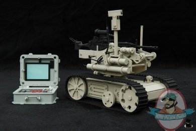 Black Box Toys 1 6 Eod Bomb Detection Robot With