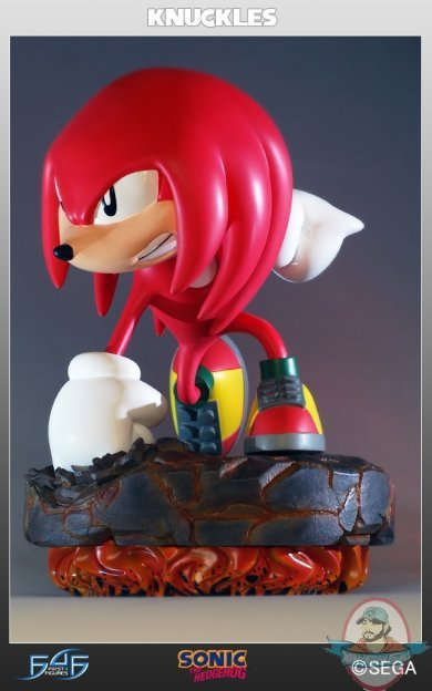 Classic Sonic The Hedgehog Knuckles Statue By