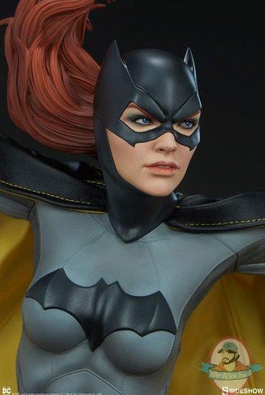 2019_01_11_10_37_52_https_www.sideshowtoy.com_assets_products_300681_batgirl_lg_dc_comics_batgirl_.jpg