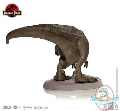 2019_01_11_10_52_59_https_www.sideshowtoy.com_assets_products_904326_tyrannosaurus_rex_mini_co_lg_.jpg