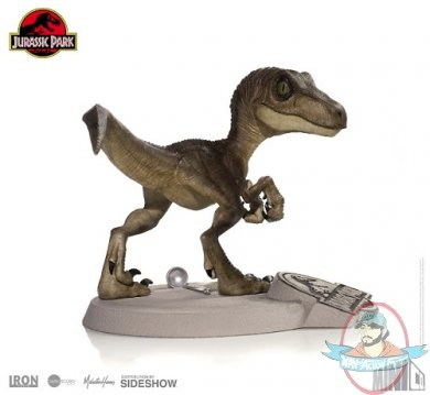 2019_01_11_11_19_53_https_www.sideshowtoy.com_assets_products_904328_velociraptor_mini_co_lg_juras.jpg