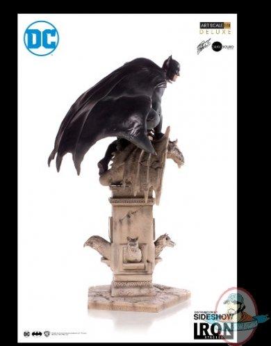 2019_02_27_23_07_47_dc_comics_batman_deluxe_statue_by_iron_studios_sideshow_internet_explorer.jpg