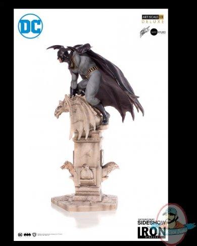 2019_02_27_23_08_10_dc_comics_batman_deluxe_statue_by_iron_studios_sideshow_internet_explorer.jpg