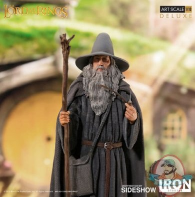 2019_03_21_08_50_55_gandalf_deluxe_statue_by_iron_studios_sideshow_internet_explorer.jpg