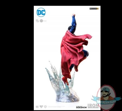 2019_05_10_18_14_21_dc_comics_superman_statue_by_iron_studios_sideshow_collectibles_internet_exp.jpg
