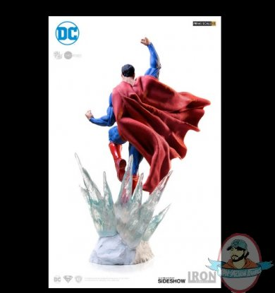 2019_05_10_18_14_36_dc_comics_superman_statue_by_iron_studios_sideshow_collectibles_internet_exp.jpg