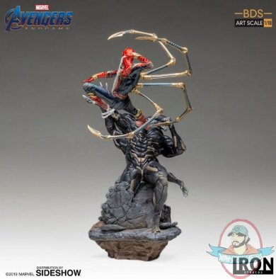 2019_06_07_13_25_22_https_www.sideshow.com_storage_product_images_904782_iron_spider_vs_outrider_m.jpg