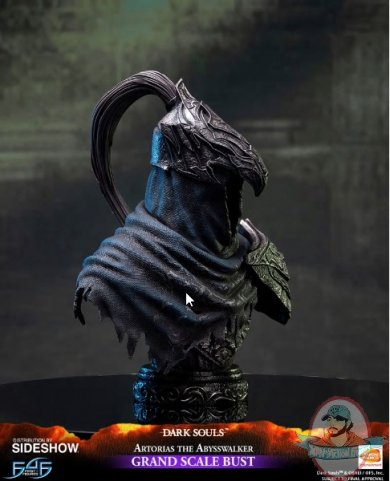 2019_06_10_08_08_25_https_www.sideshow.com_storage_product_images_904798_artorias_the_abysswalker_.jpg