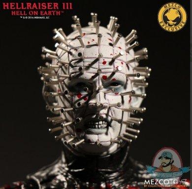 2019_07_09_10_31_44_hellraiser_iii_hell_on_earth_12_bloody_pinhead_mezco_toyz_internet_explore.jpg