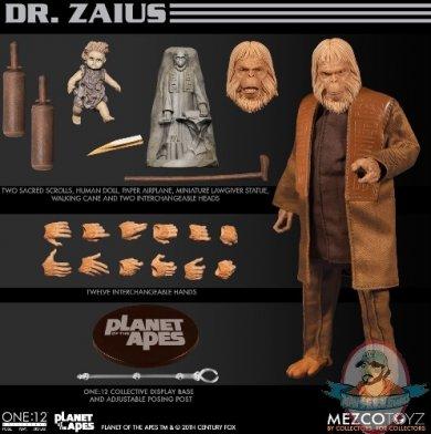 2020_03_20_15_23_58_one_12_collective_planet_of_the_apes_1968_dr._zaius_mezco_toyz_internet_e.jpg
