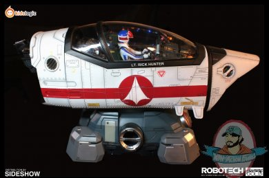 2020_09_07_15_45_47_robotech_macross_vf_1j_cockpit_by_kids_logic_company_limited_sideshow_collecti.jpg
