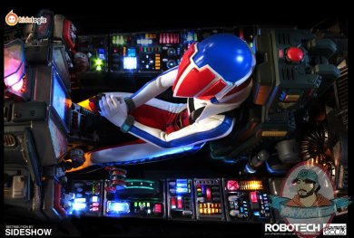 2020_09_07_15_46_33_robotech_macross_vf_1j_cockpit_by_kids_logic_company_limited_sideshow_collecti.jpg