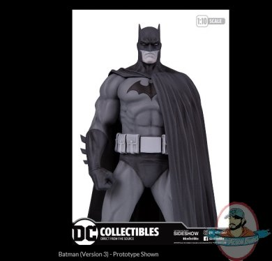 2020_11_06_00_29_18_batman_version_3_statue_by_dc_collectibles_sideshow_collectibles_internet_.jpg