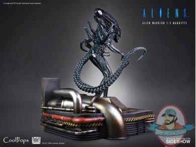 2020_11_16_11_38_50_https_www.sideshow.com_storage_product_images_907310_alien_warrior_aliens_gall.jpg