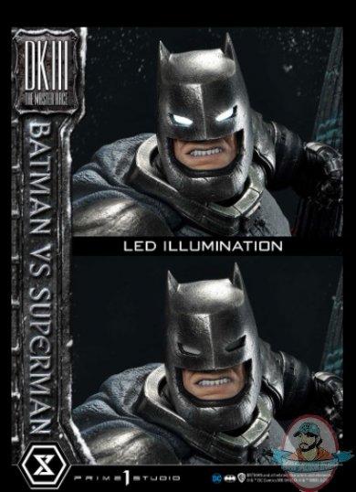 2021_05_24_10_14_42_batman_versus_superman_statue_by_prime_1_studio_sideshow_collectibles.jpg
