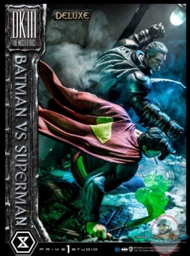 2021_05_24_10_28_22_batman_versus_superman_deluxe_version_statue_by_prime_1_studio_sideshow_coll.jpg