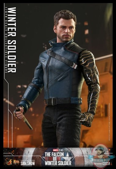 2021_06_02_07_41_26_winter_soldier_sixth_scale_collectible_figure_by_hot_toys_sideshow_collectible.jpg