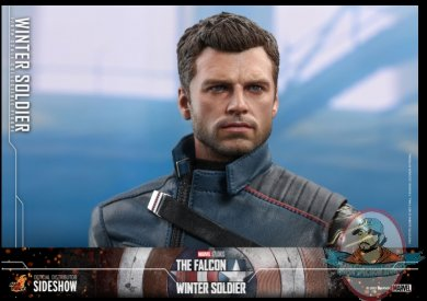 2021_06_02_07_41_56_winter_soldier_sixth_scale_collectible_figure_by_hot_toys_sideshow_collectible.jpg