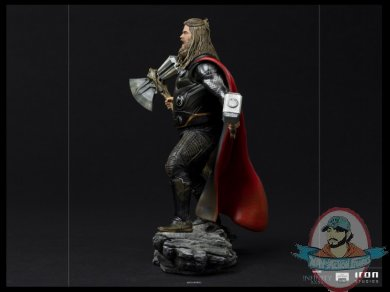 2021_07_13_10_02_02_thor_ultimate_1_10_bds_art_scale_statue_by_iron_studios_sideshow_collectibles.jpg