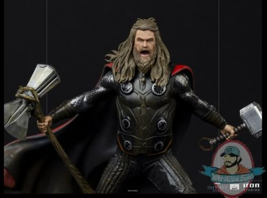 2021_07_13_10_02_16_thor_ultimate_1_10_bds_art_scale_statue_by_iron_studios_sideshow_collectibles.jpg