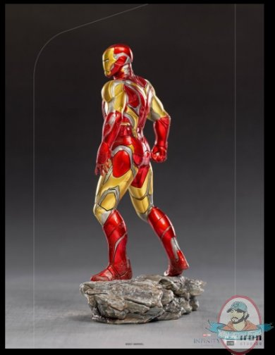 2021_07_13_10_13_10_iron_man_ultimate_1_10_bds_art_scale_statue_by_iron_studios_sideshow_collectib.jpg