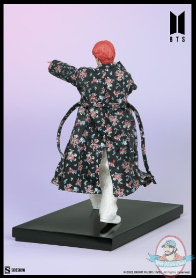 2021_07_28_09_54_15_v_bts_idol_collection_deluxe_statue_sideshow_collectibles.jpg