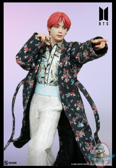 2021_07_28_09_54_30_v_bts_idol_collection_deluxe_statue_sideshow_collectibles.jpg