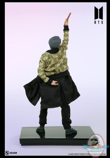 2021_07_28_10_01_12_jimin_bts_idol_collection_deluxe_statue_sideshow_collectibles.jpg
