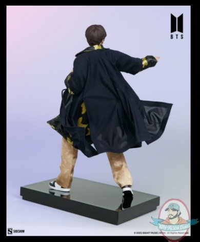 2021_07_28_10_16_19_suga_bts_idol_collection_deluxe_statue_sideshow_collectibles.jpg