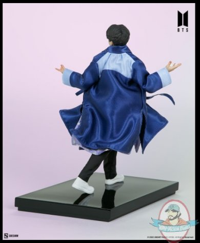 2021_07_28_10_25_13_jin_bts_idol_collection_deluxe_statue_sideshow_collectibles.jpg