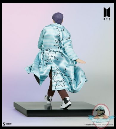 2021_07_28_10_43_55_rm_bts_idol_collection_deluxe_statue_sideshow_collectibles.jpg