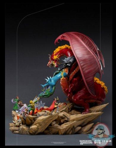 2021_07_28_15_20_35_dungeons_dragons_tiamat_battle_demi_art_scale_diorama_by_iron_studios_sidesh.jpg