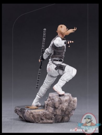 2021_08_02_07_09_17_yelena_1_10_bds_art_scale_statue_by_iron_studios_sideshow_collectibles.jpg