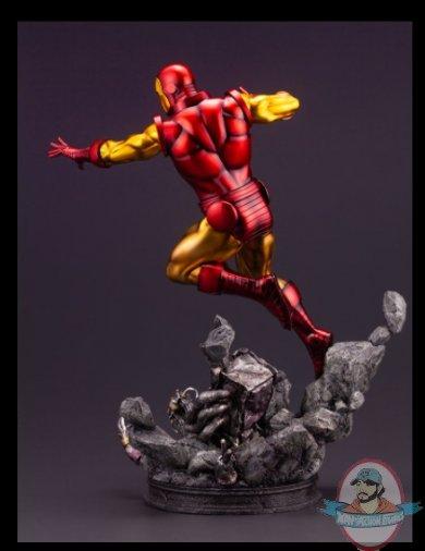 2021_08_02_07_16_20_iron_man_avengers_fine_art_statue_sideshow_collectibles.jpg