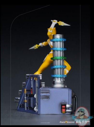 2021_08_11_13_40_32_yellow_ranger_bds_art_scale_1_10_statue_by_iron_studios_sideshow_collectibles.jpg
