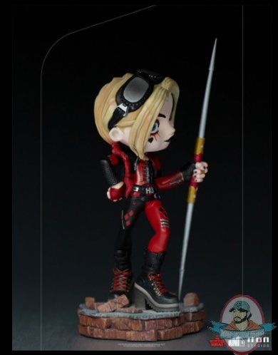 2021_09_08_18_42_52_harley_quinn_the_suicide_squad_mini_co._figure_by_iron_studios_sideshow_coll.jpg