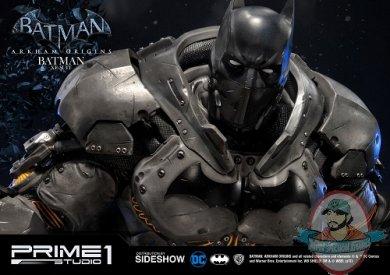 dc-comics-batman-origins-batman-xe-suit-statue-prime1-studio-903131-17.jpg