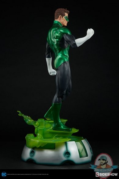dc-comics-green-lantern-premium-format-300392-07.jpg