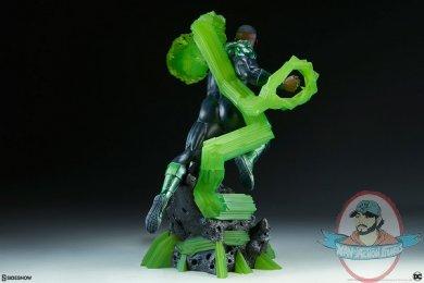 dc-comics-green-lantern-premium-format-figure-john-stewart-sideshow-300679-08.jpg