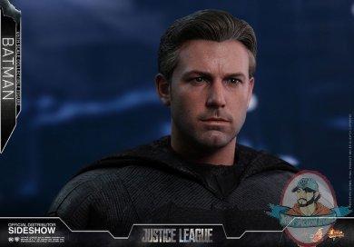 dc-comics-justice-league-batman-sixth-scale-figure-hot-toys-903308-06.jpg
