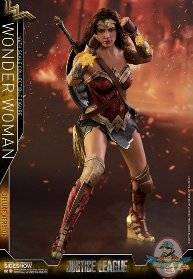dc-comics-justice-league-wonder-woman-deluxe-sixth-scale-hot-toys-903121-09.jpg