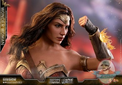 dc-comics-justice-league-wonder-woman-sixth-scale-hot-toys-903249-11.jpg