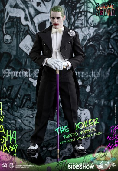 dc-comics-suicide-squad-the-joker-tuxedo-version-sixth-scale-hot-toys-902791-04.jpg