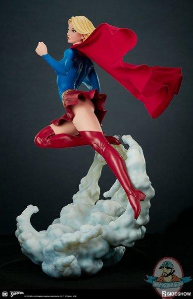 dc-comics-supergirl-premium-format-figure-sideshow-300670-08.jpg