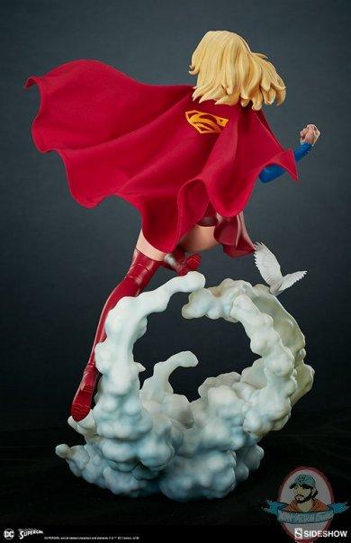 dc-comics-supergirl-premium-format-figure-sideshow-300670-09.jpg