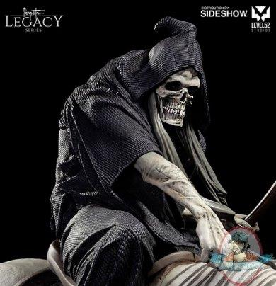 frazetta-legacy-series-the-reaper-statue-level52-series-904172-02.jpg