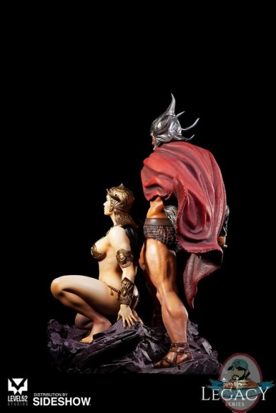frazetta-legacy-series-the-swordsman-of-mars-polystone-statue-level52-studios-904173-04.jpg