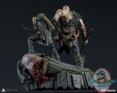 god-of-war-statue-sony-903332-02.jpg