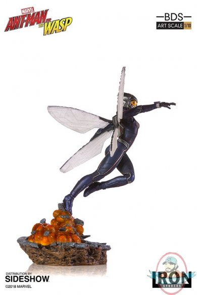 marvel-ant-man-and-the-wasp-wasp-statue-iron-studios-904218-21.jpg